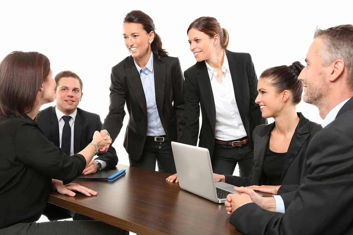business idioms to improve English speaking at work 1-1